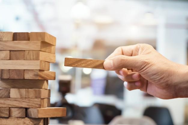 Vodenje in motivacija zaposlenih